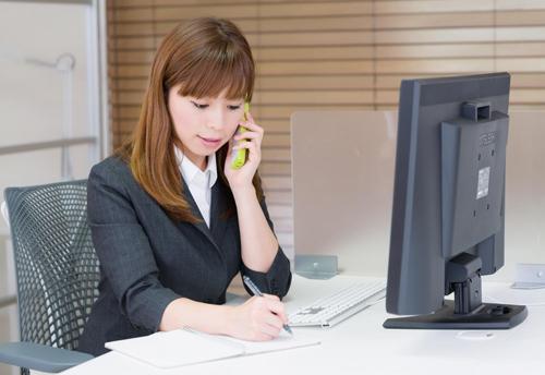 woman_office_tel